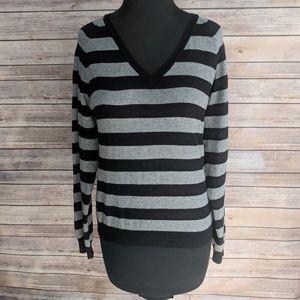 Zara black and gray long sleeve v neck sweater
